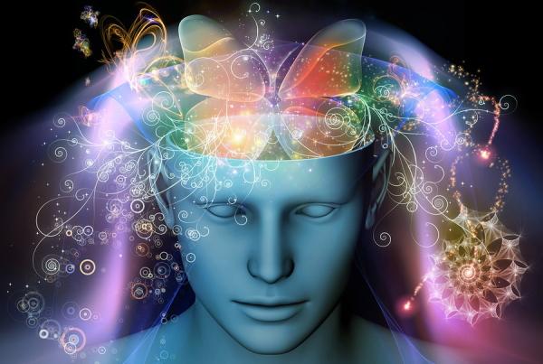 記憶の合成によって偽記憶を作る方法